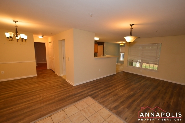 2159-scotts-crossing-001-id688-living-and-dining-bnn