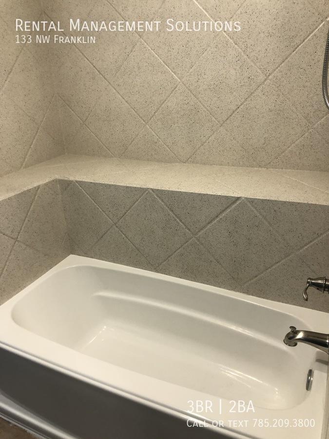 13-bath1