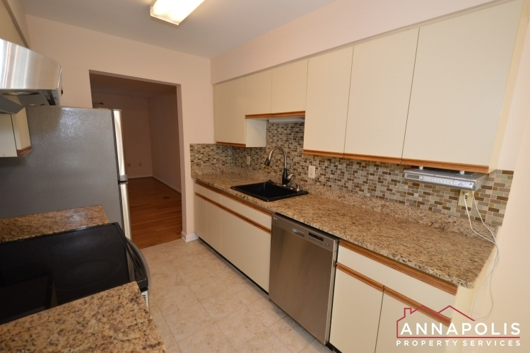 977-breakwater-drive-id636-kitchen-dn