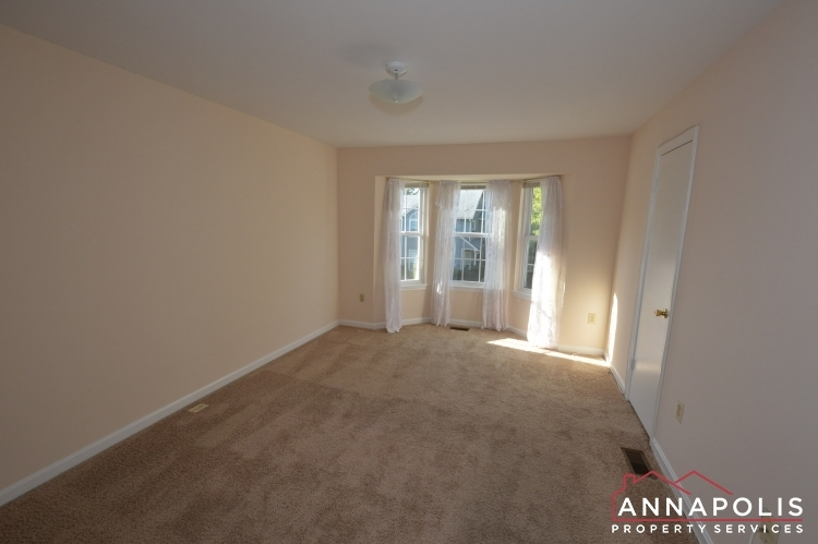 977-breakwater-drive-id636-master-bed-an