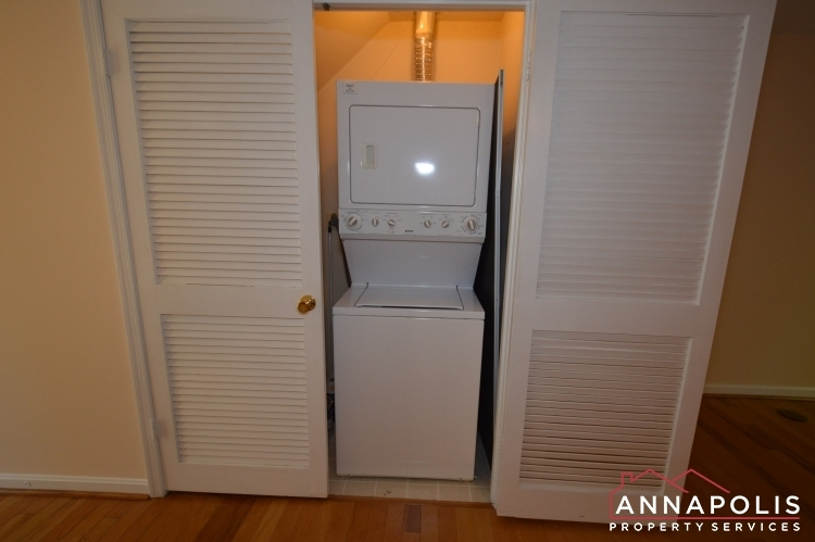 977-breakwater-drive-id636-washer-and-dryer-an