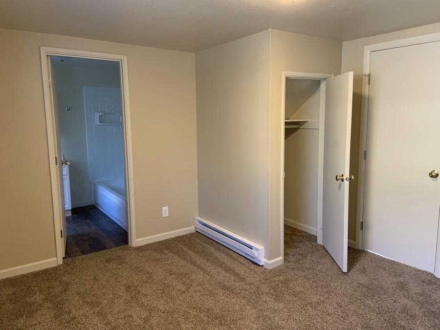 Bedroom_893__1_(4)