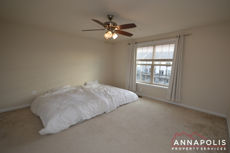 876-nancy-lynn-lane-id1070-master-bed-b(1)