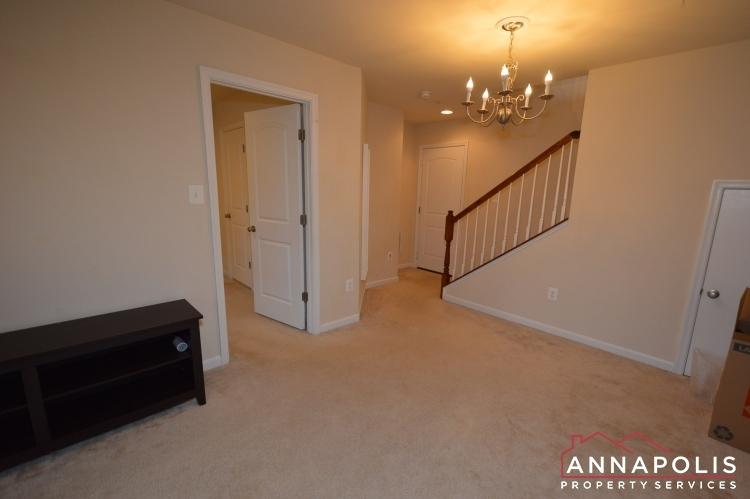 876-nancy-lynn-lane-id1070-family-room-b(1)