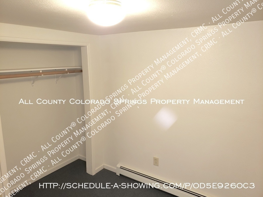 Peaceful_country_home_for_rent__close_to_schriever_air_force_base-ll_room_closet_area