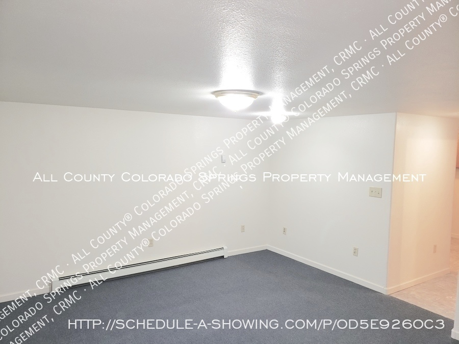 Peaceful_country_home_for_rent__close_to_schriever_air_force_base-room_at_base_of_stairs_view