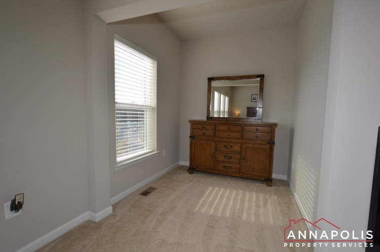 533-leftwich-lane-id1072-master-bed-dressing-area