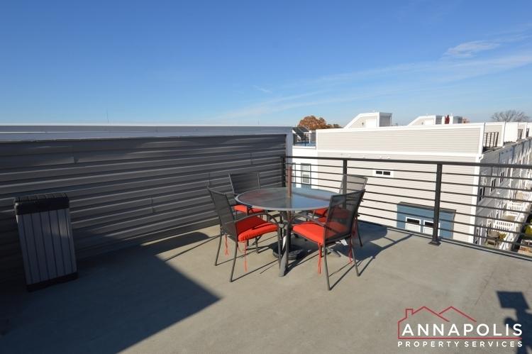 533-leftwich-lane-id1072-roof-top-deck-b