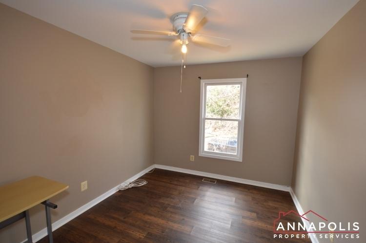 1607-hilltop-road-id1073-bedroom-2a(2)