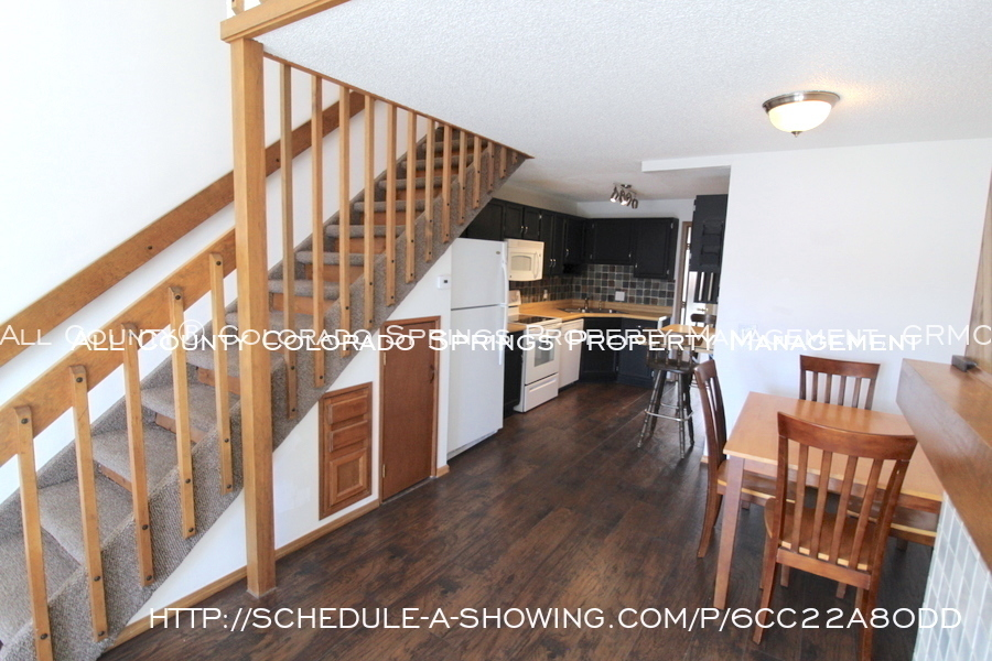Condo_for_rent_near_us_air_force_academy-living_room_to_loft_3