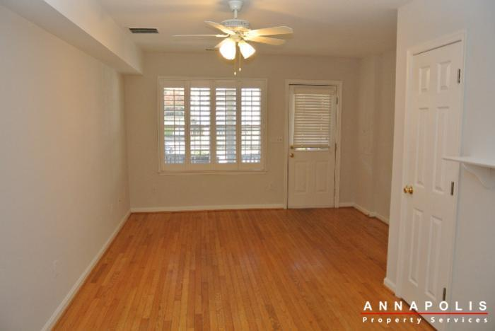 125-eastern-ave-id685-living-a