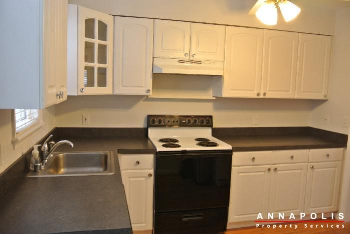 125-eastern-ave-id685-kitchen-c