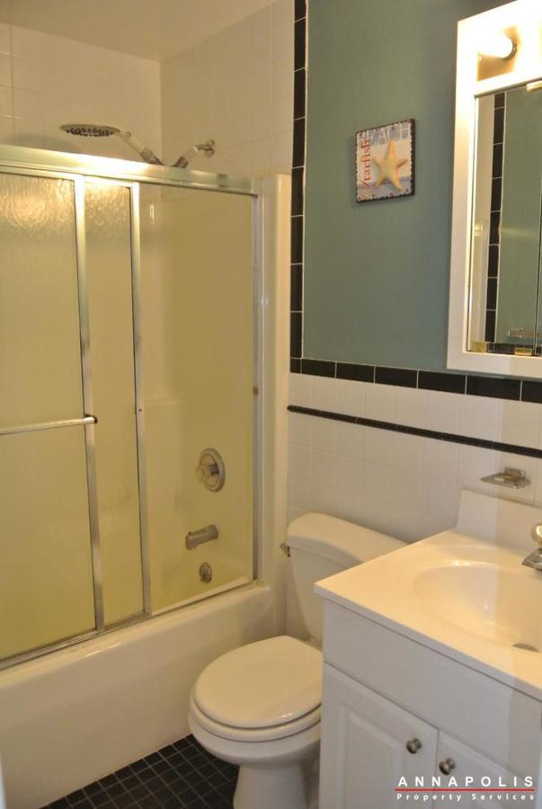 125-eastern-ave-id685-bathroom-a