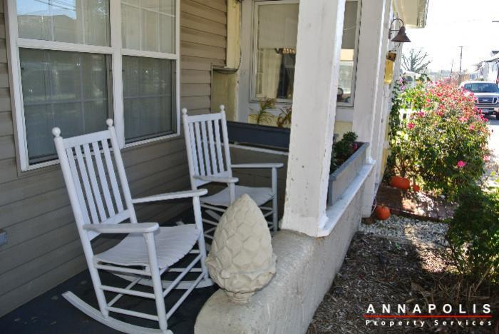 125-eastern-ave-id685-porch-a