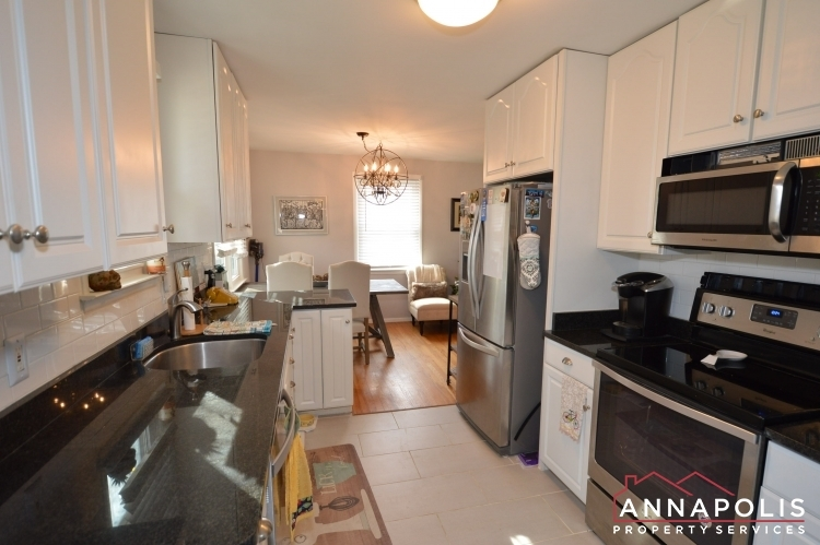 226-gibson-road-id1076-kitchen-an