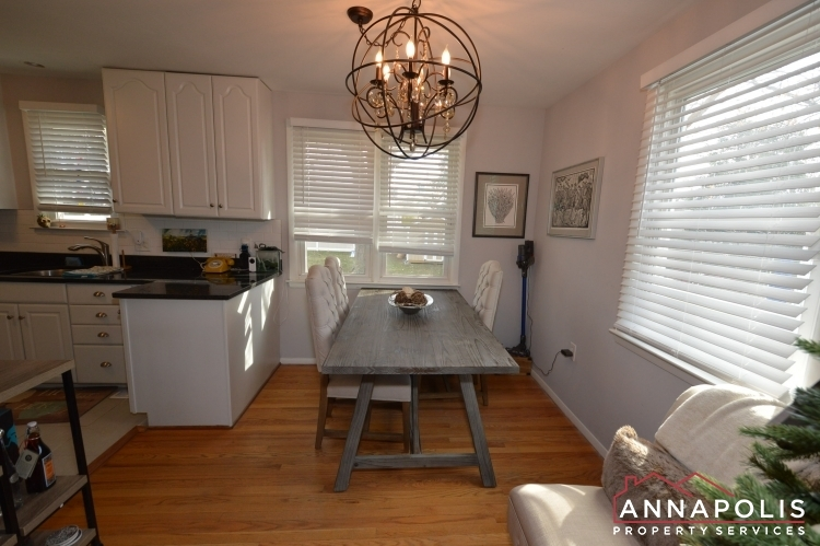 226-gibson-road-id1076-dining-cn