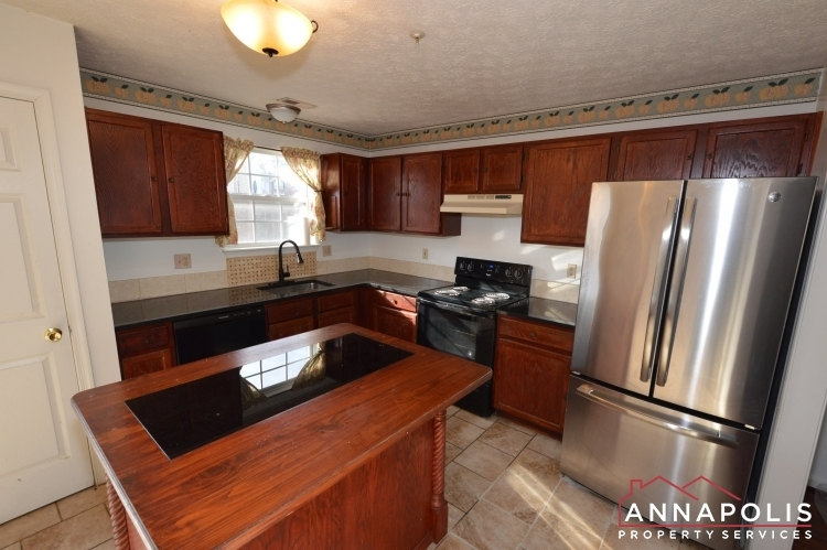 2110-colonel-way-id1077-kitchen-b(1)(1)
