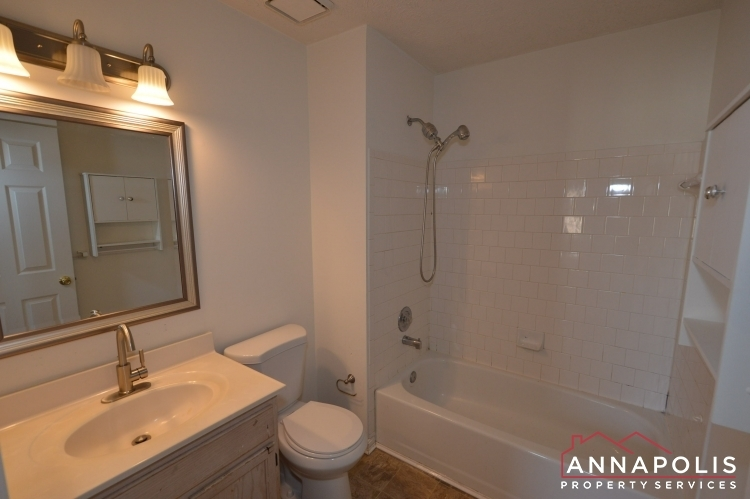 2110-colonel-way-id1077-master-bath-a(1)