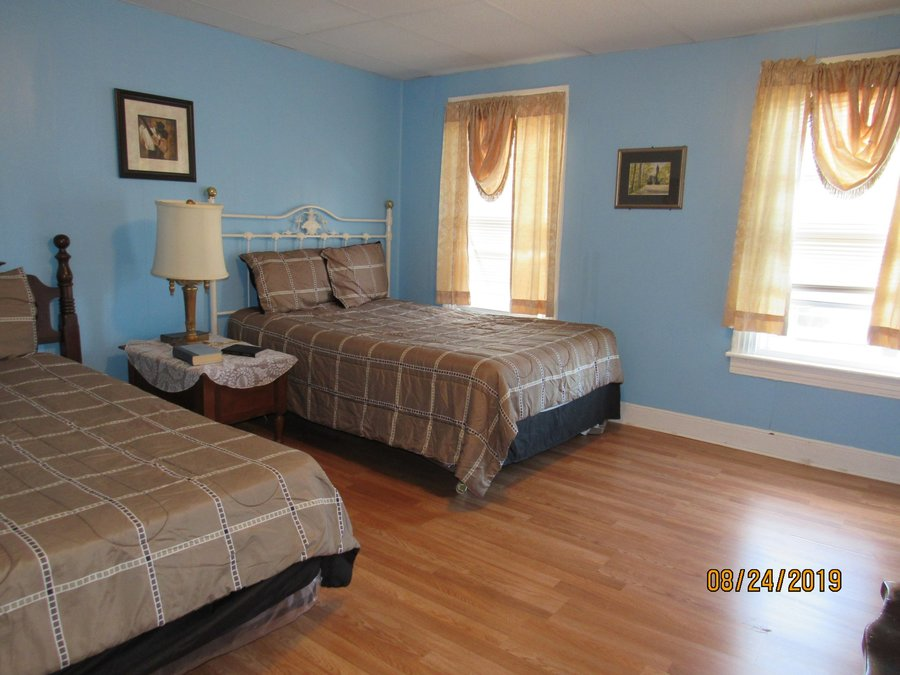 2 br for rent easton pa %282%29