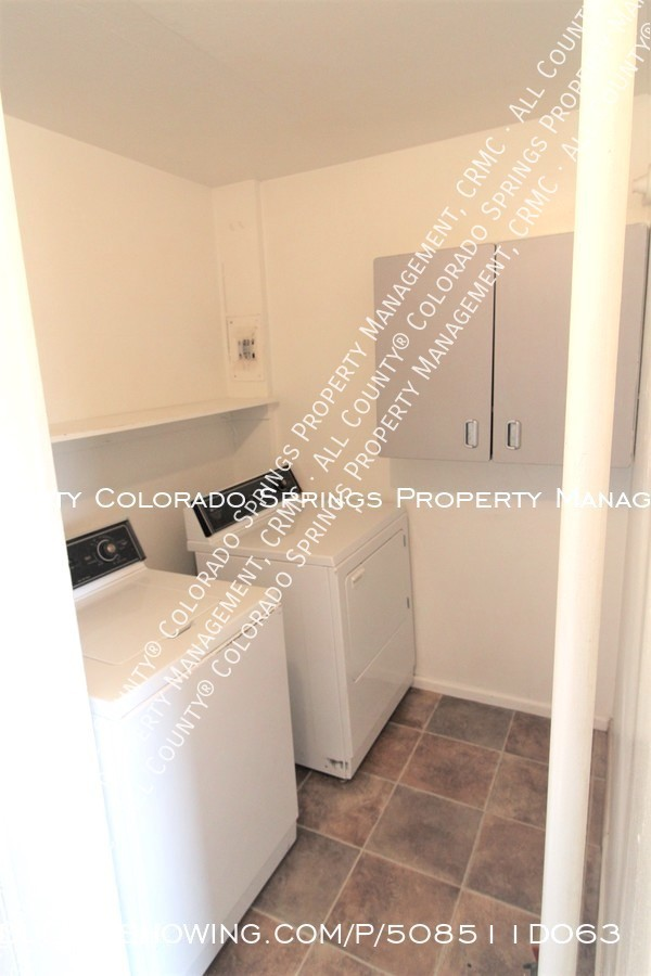 Small 1 level home for rent near fort carson military base and norad at cheyenne mountain laundry room