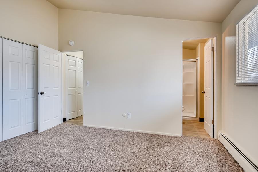6900 s bannock st littleton co print 009 007 4910 master bedroom 3600x2400 300dpi