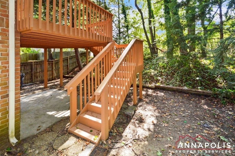 6-fairhope-court-id856-deck-stairs