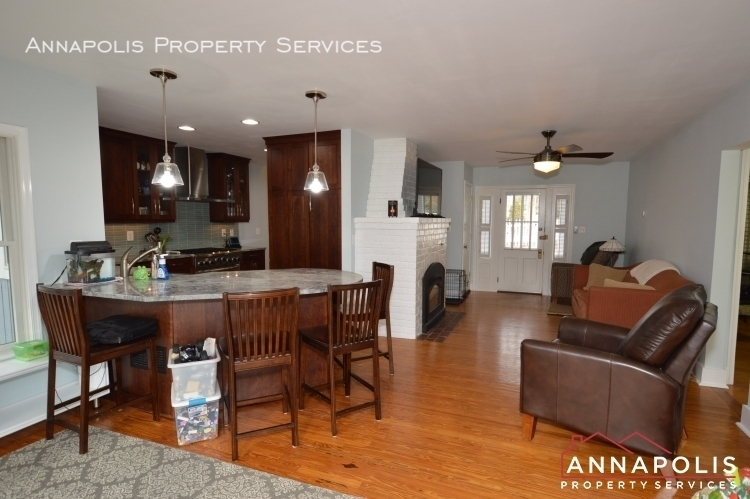 161 severn way  id1080 kitchen and living