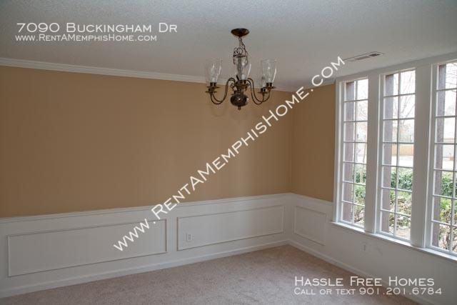 7090buckingham-dining-room