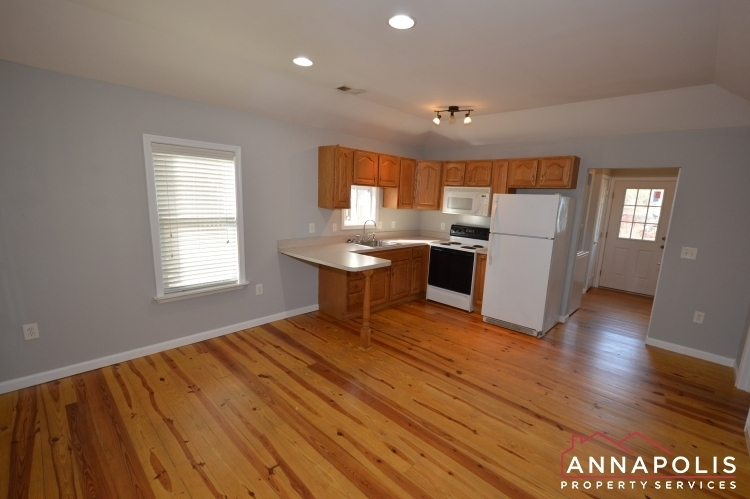 440-kyle-drive-id177-kitchen-and-living-an