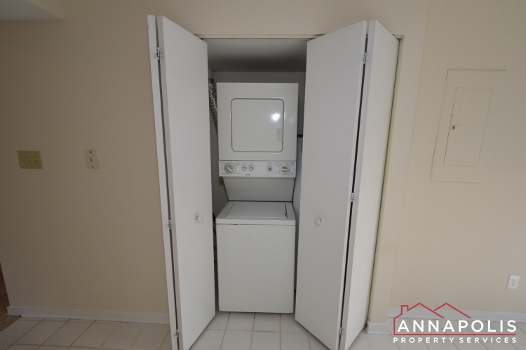 2106-e-chesapeake-harbour-t2-id1081-washer-and-dryer(1)