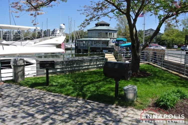 2106-e-chesapeake-harbour-t2-id1081-bbq-grill-a
