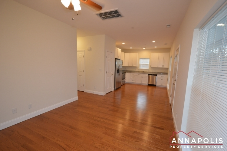409-serpentine-road-id1083-living-and-kitchen-a