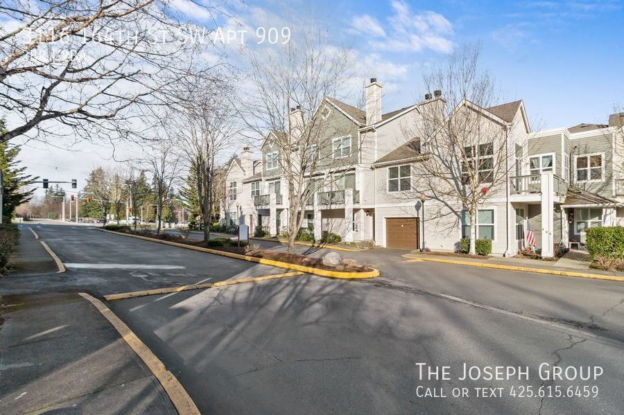 Condo for Rent in Lynnwood