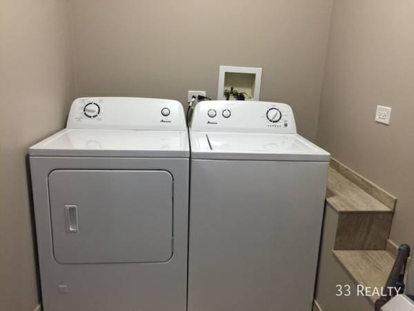 5010_laundry_-_dhereck_gomez