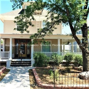Downtown_studio_apartment_for_rent_in_victorian_home_near_colorado_college_cc-front