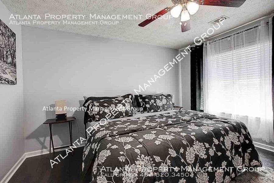 Master bedroom2 w text