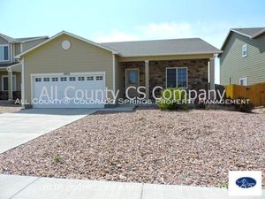 Ranch_home_for_rent_near_fort_carson__schriever__and_peterson_military_bases-exterior