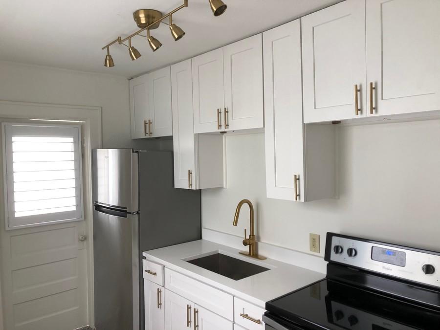 2420_burlington_-_kitchen_1