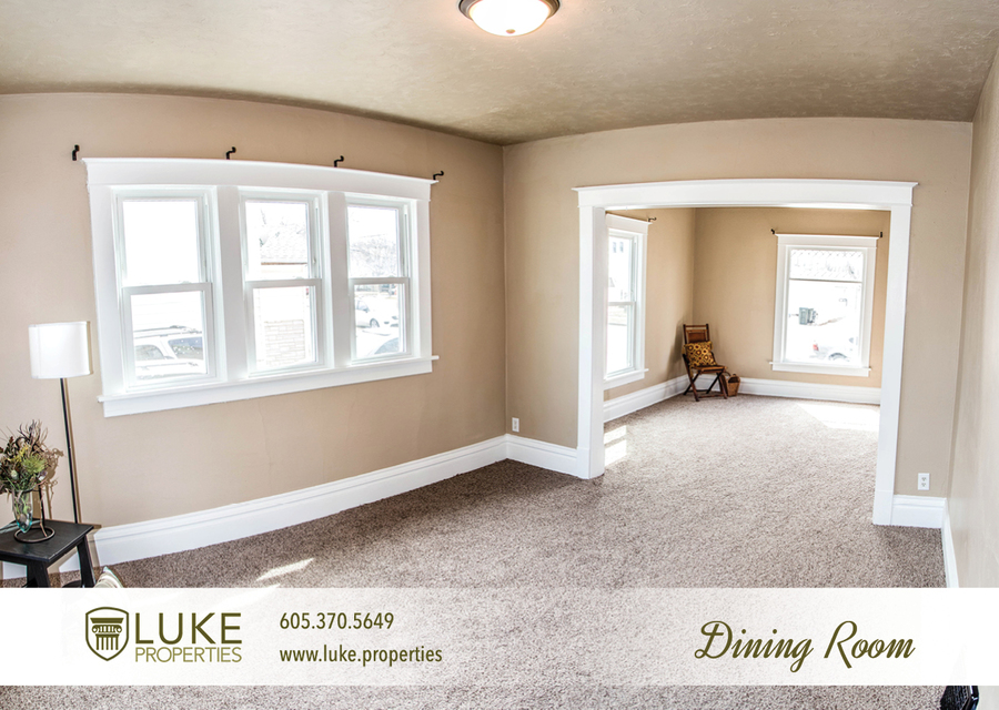 Complete media luke properties 806 e 6th st 57103 sioux falls home for rent 4 %281%29