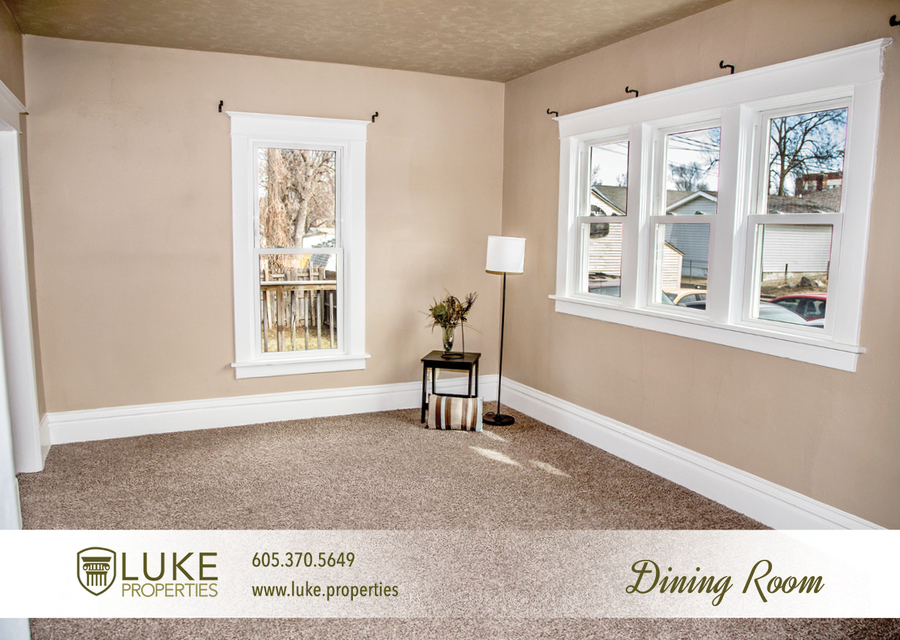 Complete media luke properties 806 e 6th st 57103 sioux falls home for rent 3
