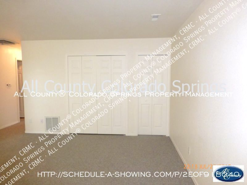 2-bedroom_pueblo_west_apartment_for_rent-7