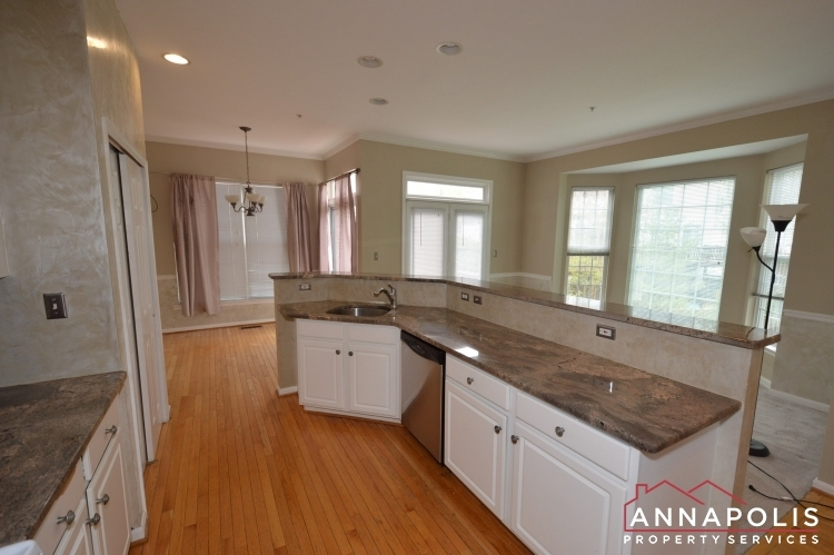 537-samuel-chase-way-id173-kitchen-cnn