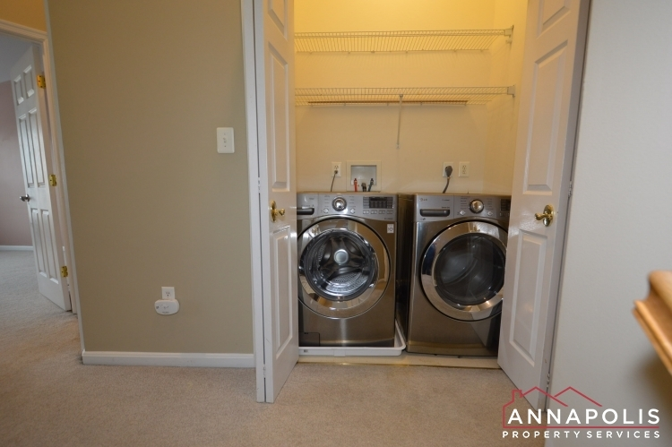 537-samuel-chase-way-id173-washer-and-dryer-ann
