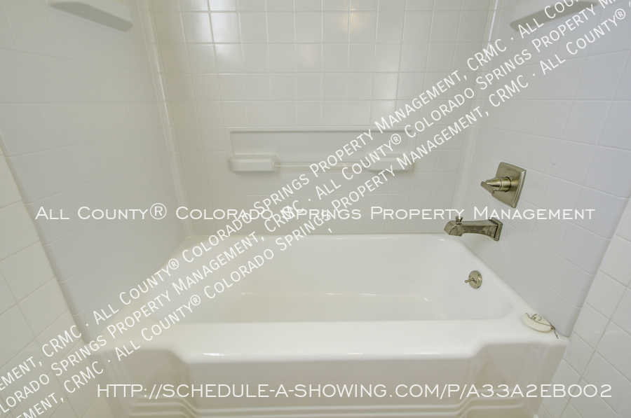 3-bedroom_home_for_rent_downtown_near_colorado_college_and_us_olympic_training_center-21