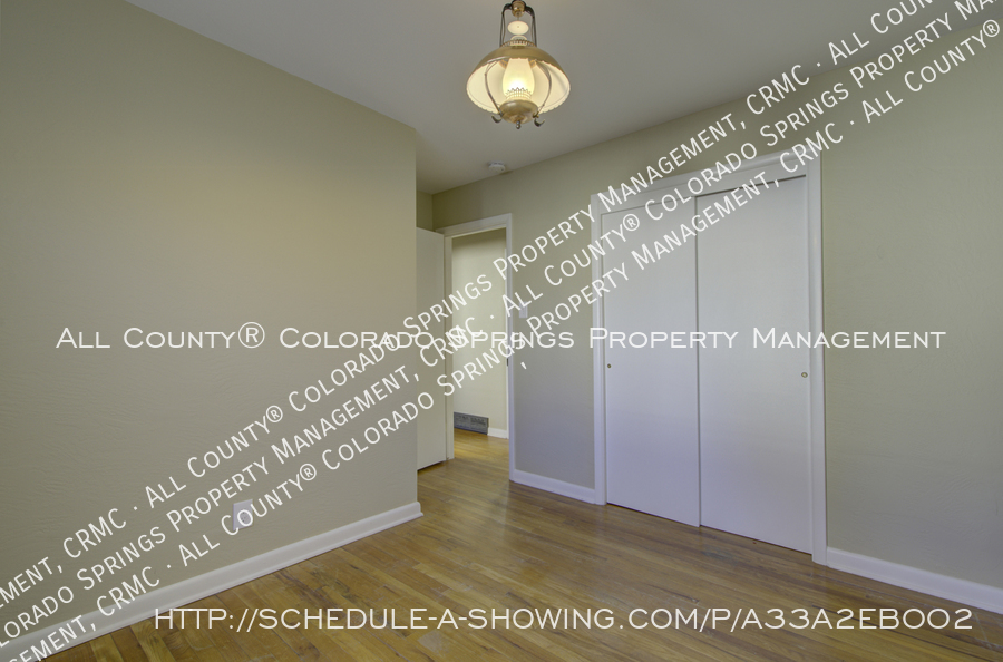 3-bedroom_home_for_rent_downtown_near_colorado_college_and_us_olympic_training_center-18