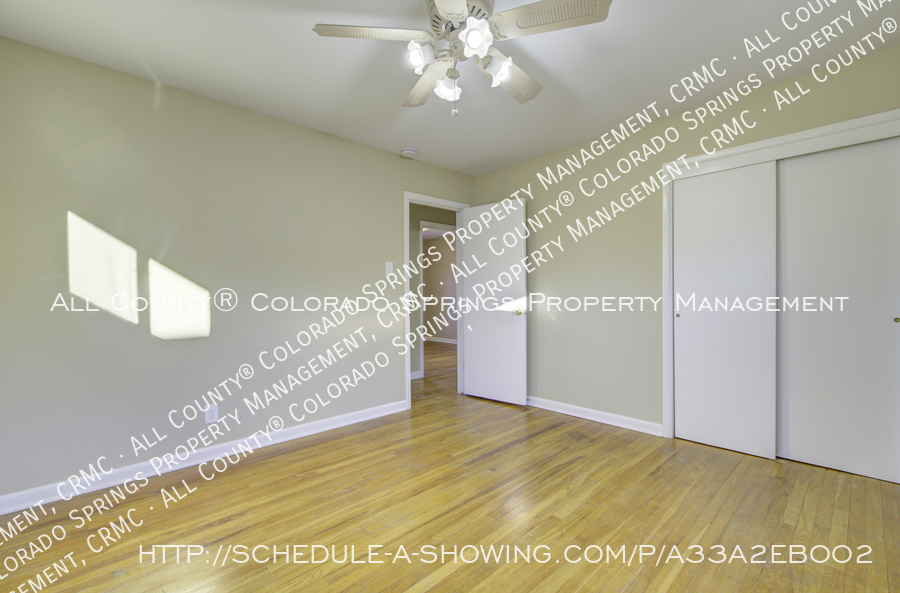 3-bedroom_home_for_rent_downtown_near_colorado_college_and_us_olympic_training_center-2