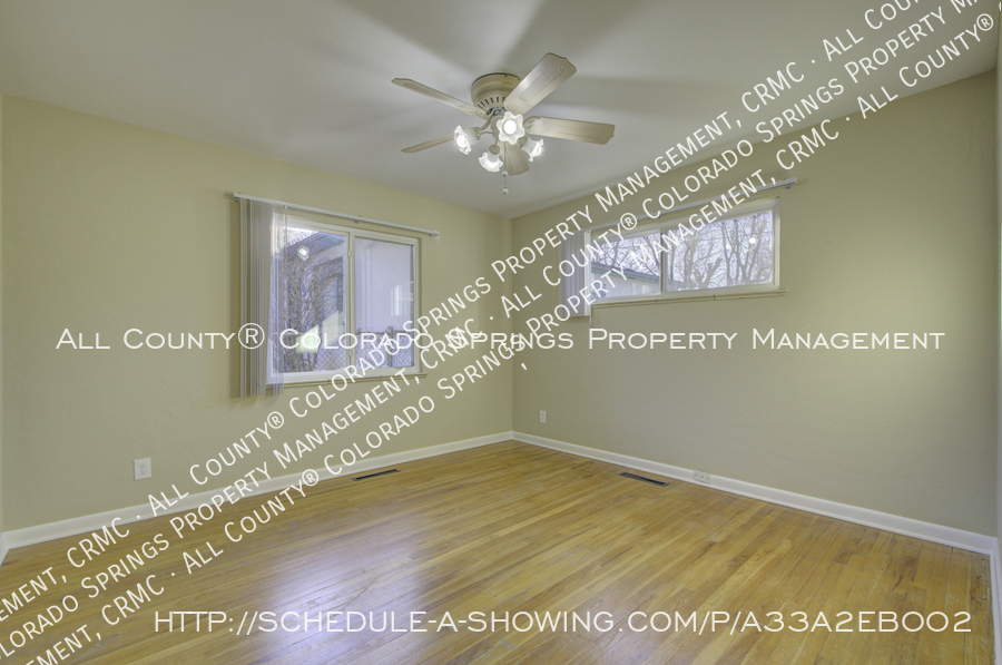 3-bedroom_home_for_rent_downtown_near_colorado_college_and_us_olympic_training_center-3
