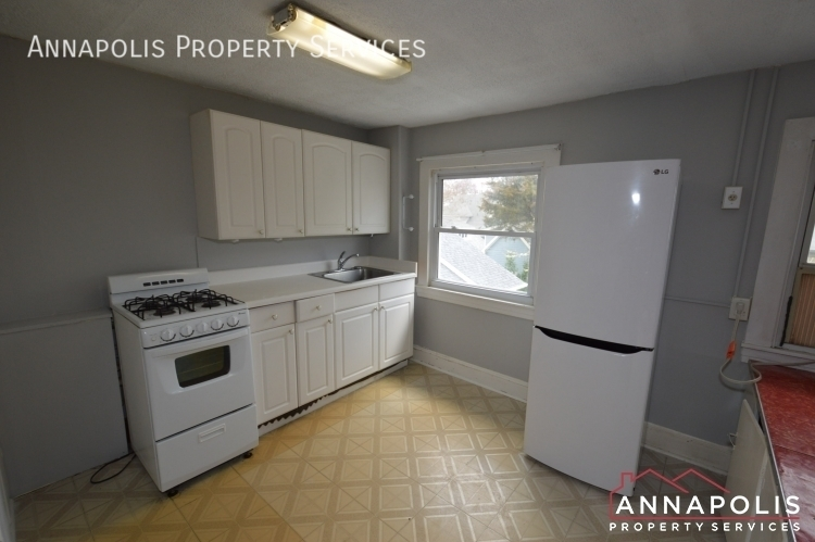 117 smith ave unit b id1090 upper kitchen a