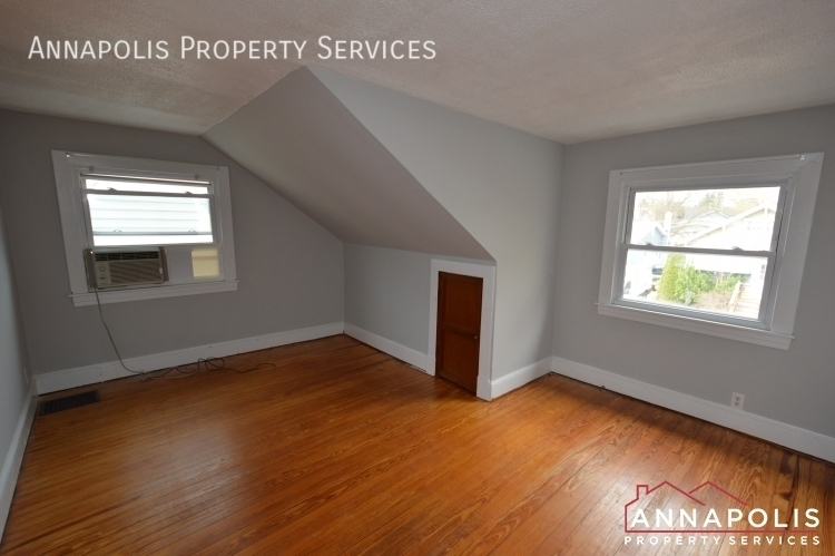 117 smith ave unit b id1090 upper bedroom a
