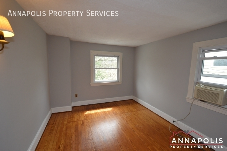 117 smith ave unit b id1090 upper bedroom 2a